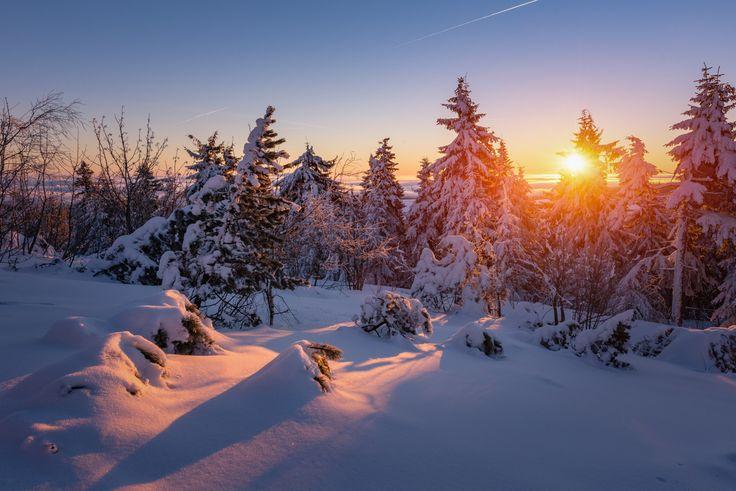 Winter Sonnenaufgang im Erzgebirge