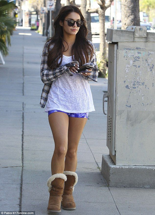 On the the way into her Pilates class Vanessa Hudgens  flashed her toned legs