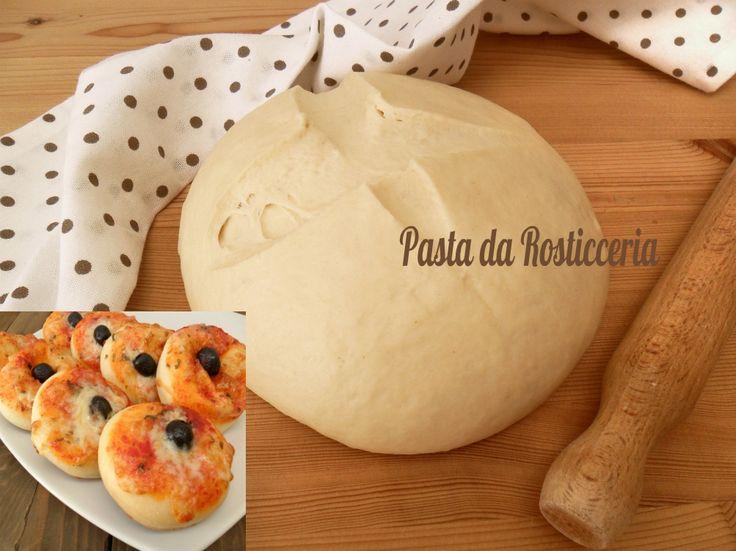 La pasta da rosticceria perfetta che si presta nella preparazione di pizzette, calzoni, panini per preparare meravigliosi buffet!