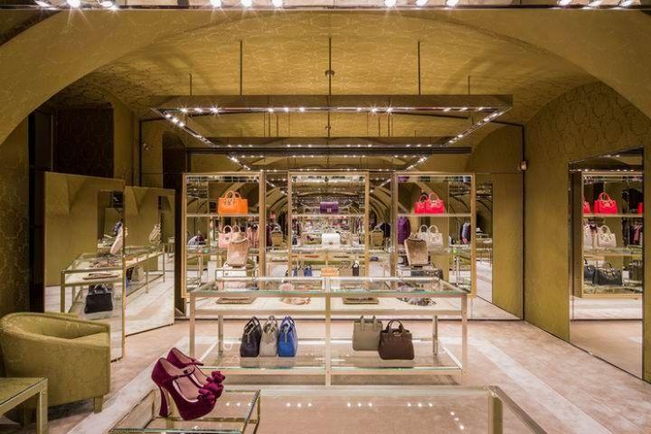 Miu Miu store by Roberto Baciocchi Turin 02