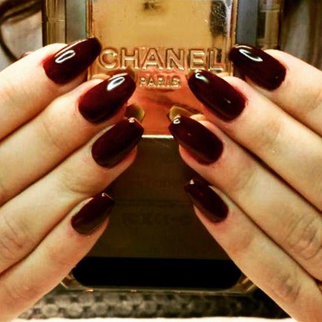 Rosiecreation... Gel nails , ballerina shape . Beautiful fall colour .
