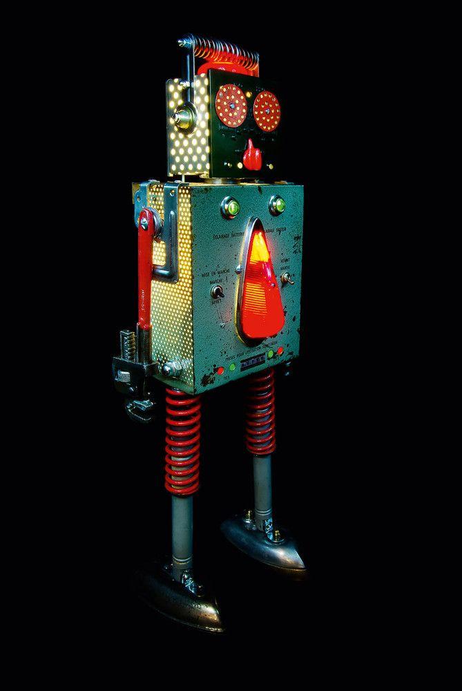 Viva la Roboluciòn: Robot Sculptures by +Brauer   Inspiration Grid   Design Inspiration
