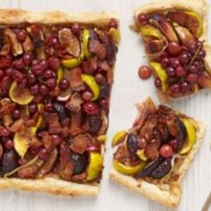 We're not entirely sure when we'd serve this Fig, Grape & Applewood Bacon Tart; but, we're pretty sure the correct answer is ANYTIME! Breakfast, lunch, appetizer, dinner, dessert, midnight--anytime you want to eat, this recipe is just right. From @Oprah, found at www.edamam.com. #FigWeek
