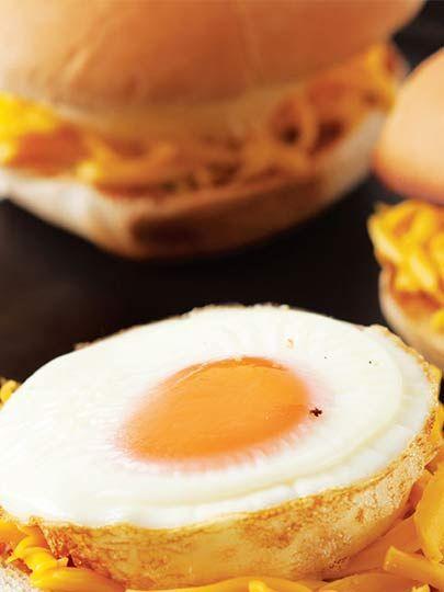 Yumurtalı sandviç Tarifi - Hamur İşleri Yemekleri - Yemek Tarifleri
