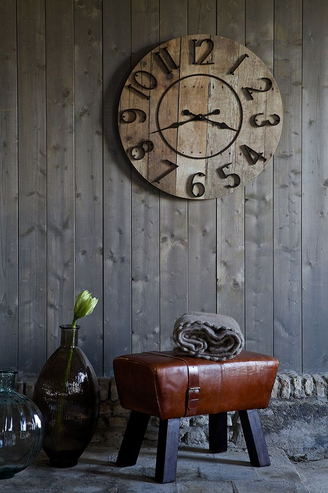 One o'clock wooddecor hanging clock, houten klok - BePureHome.