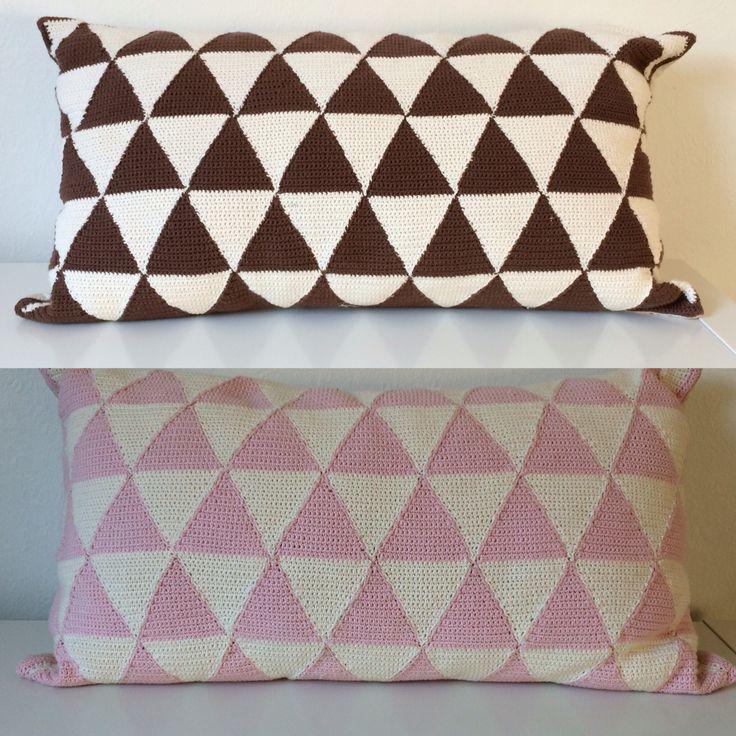Aflange puder hæklet i trekanter #crochet #crocheting #pillows #triangles #DIY