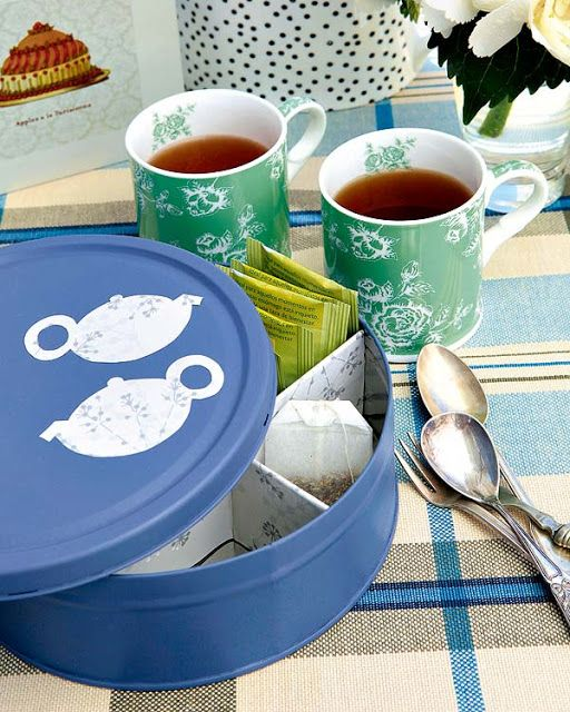 Cookie-Tin Box for Tea Bags http://www.handimania.com/diy/cookie-tin-box-for-tea-bags.html