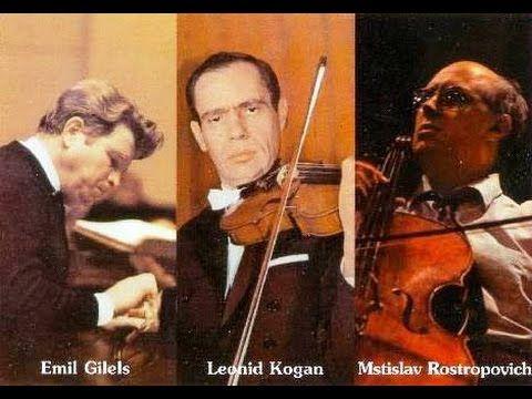 BEETHOVEN Piano Trio No.7 'Archduke' - E.Gilels, L.Kogan, M.Rostropovich...