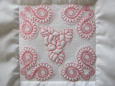 EWV072 – ITH Trapunto Feathers and Roses Quilt Blocks
