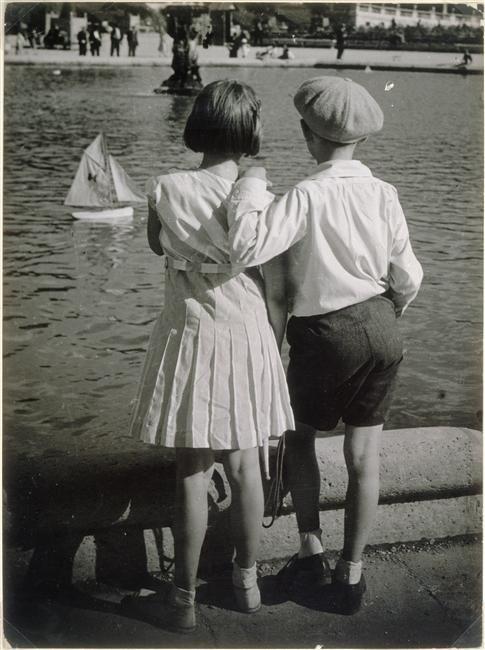 Luxembourg GardensPhotos, Red Mill, Brassaï, Luxembourg Gardens, 1930S Paris, Bassin Du, Vintage Photography, Brassai, Photography Kids