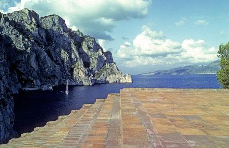 Villa Malaparte, Capri. patio.