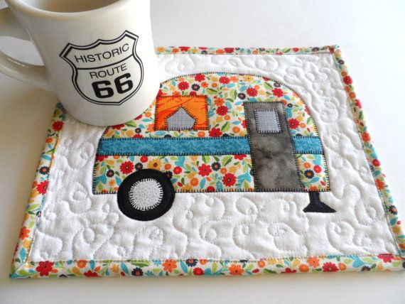 Retro camper mug rug, vintage camper mug rug, snack mat, vintage camper decor, camper trailer mug rug, applique, quiltsy handmade