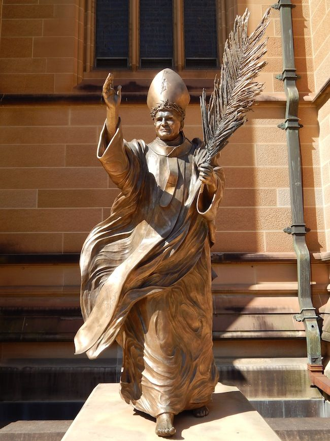 Sidney  DIAPORAMA : TOUR DU MONDE DES 20 STATUES DE JEAN PAUL II  http://www.lumieresdelaville.net/2014/04/27/tour-du-monde-des-statues-de-jean-paul-ii/  #canonisationsRome2014 #canonisations #vatican #canonization