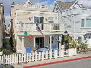 Gary's Paradise -- 3-bedroom, 2.5-bathroom upper unit Beach House is just steps from the sand. 2 K masters on each 2nd and 3rd story  There is a balcony on each ...  $300/nt