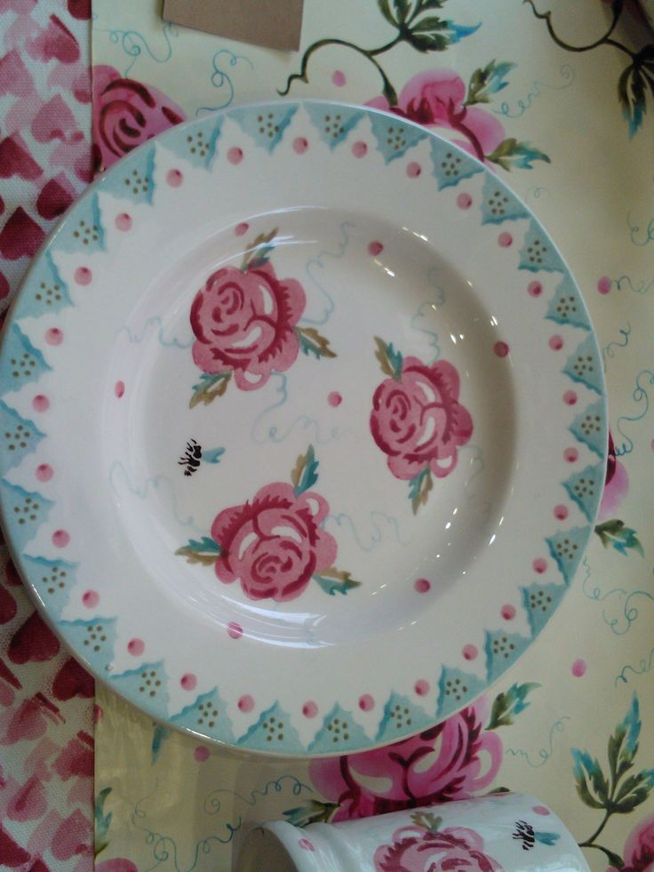 Emma Bridgewater Rose & Bee 8.5 inch Plate for Spring 2014