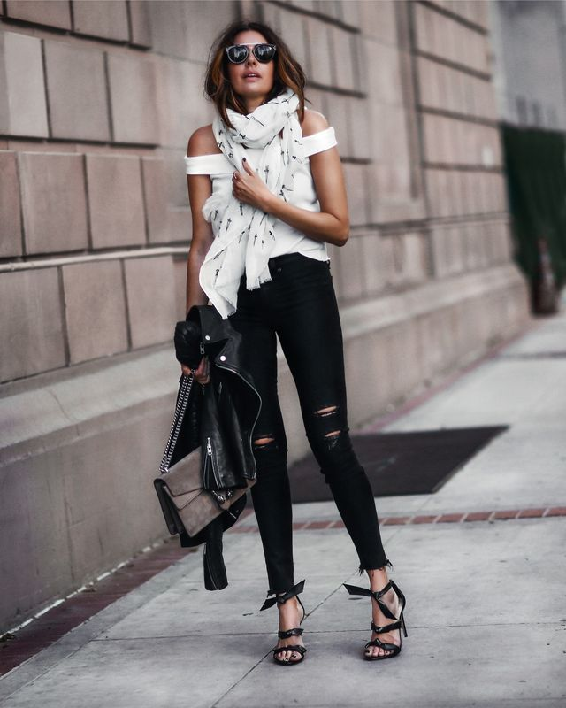 Summer bar outfits | Casual bar outfits with jeans