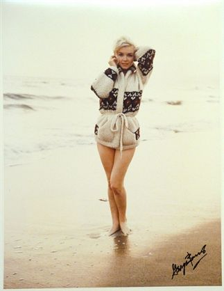 One of the last photos taken of Marilyn on the beach in Santa Monica, photo taken by: George Barris