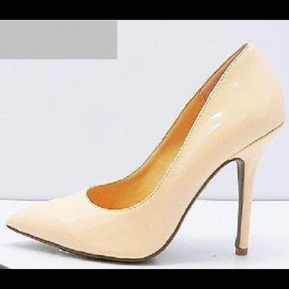 Light Beige Nude Peach Patent High Heel Pump 8 Diva Lounge Adora-03 Patent Pointed Toe Heel in Apricot. Pointy toe, single sole, classic stiletto pump. Diva Lounge Shoes Heels