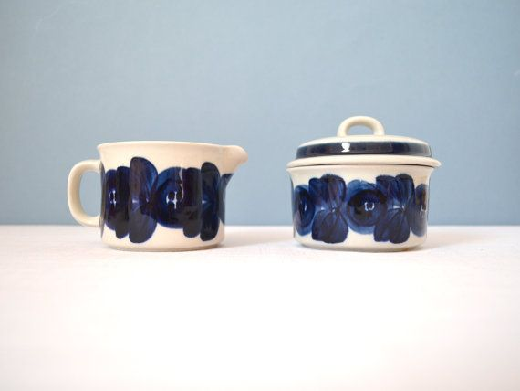 Vintage Arabia of Finland Anemone Cream and Sugar Set