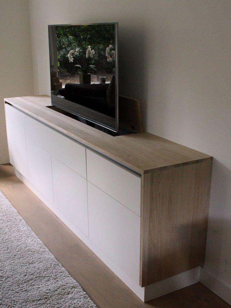 TV meubel dressoir met TV lift op maat in Zeist van meubelmaker INSIGT meubels en ontwerp, actief in de regio Zeist, provincie Utrecht