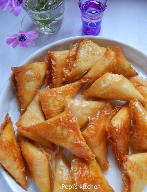 Pepi's kitchen: Τυροπιτάκια Τηγανιτά με Κρεμώδη Γέμιση