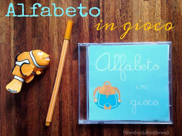 Alfabeto in gioco stile Montessori