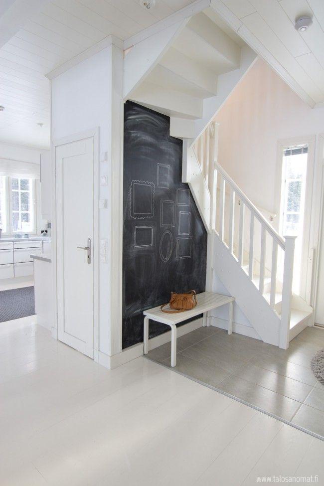 valkoinen betoluxilla maalattu lattia