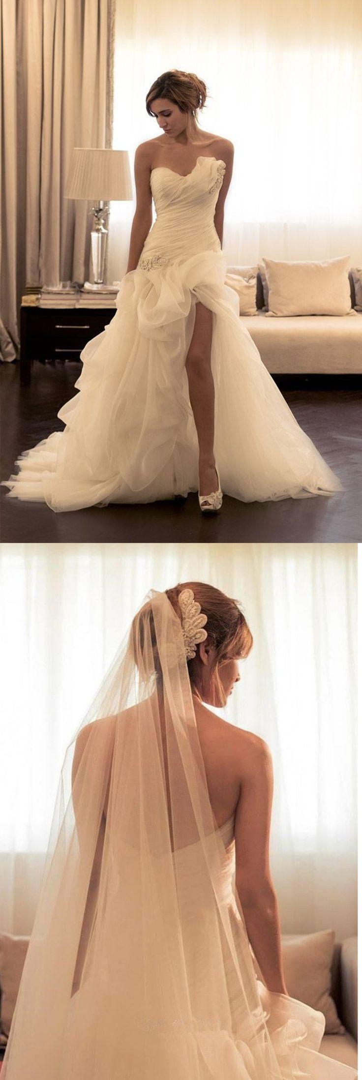 Sexy Ruffles Sweetheart Sleeveless Wedding Dress With Beading,HU89
