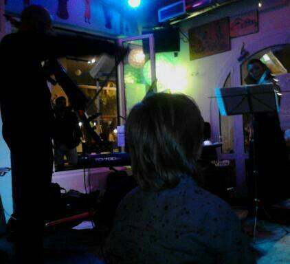 Soren Lyng Hansen Trio - The Sound Witch Project  Live @ La Brasserie 29/5 2013  Soren Lyng Hansen, electric cello  Anastasia Papanastasiou, electric violin  Jesper Lyng Hansen, piano