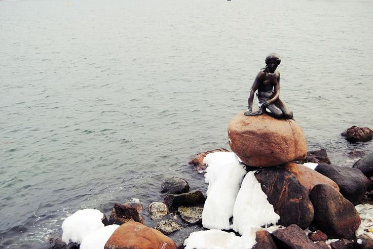 Cómo ver la Sirenita de Copenhague http://blgs.co/22Zl0r