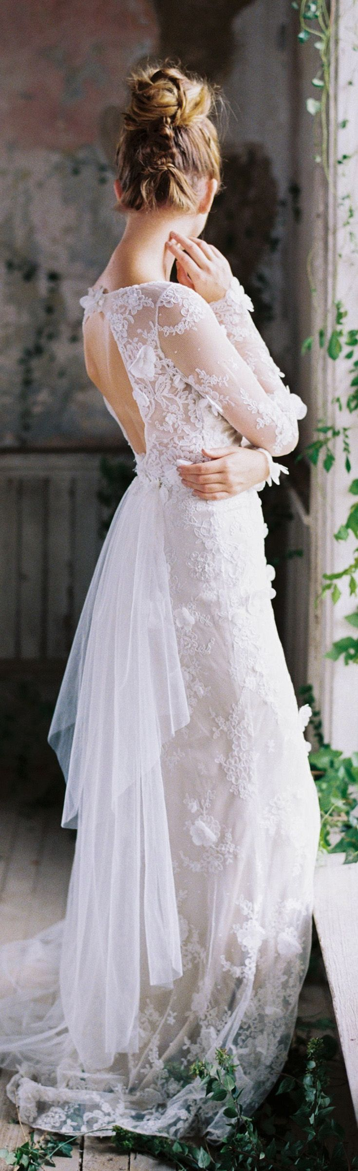 layers of tulle and scattered flowers...Prairie Rose wedding dress from Romantique by Claire Pettibone http://romantique.clairepettibone.com/collections/view-all-gowns/products/prairie_rose-2