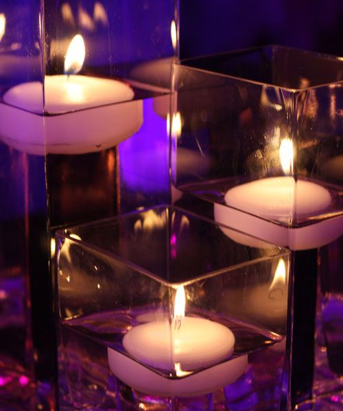 Colored Floating Candles. I love these candles I'm getting them for my reception.: Floating Candles Centerpieces, Squares, Wedding Receptions Tables, Receptions Ideas, Flowers,  Wax Lights, Wedding Centerpieces, Center Pieces, Colors Floating
