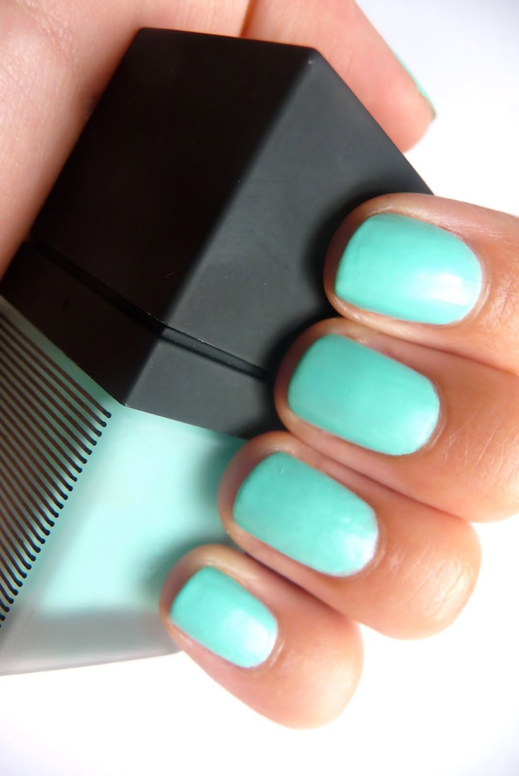 Bright Blue Color Blocking On One Wall And Ceiling: 25+ Best Ideas About Bright Blue Nails On Pinterest