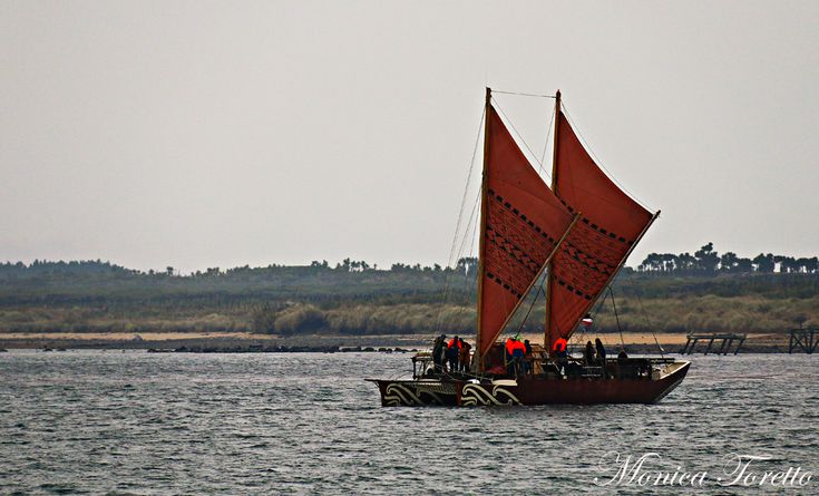Haunui Waka arriving in Bluff Harbour.  April 2014.