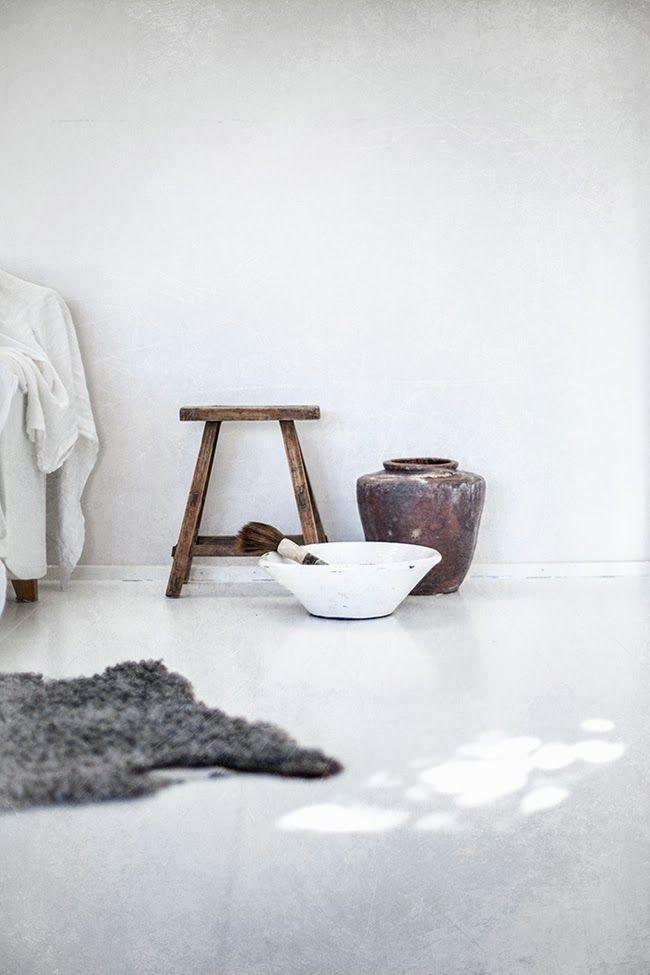 | White Floors | Helt Enkelt |