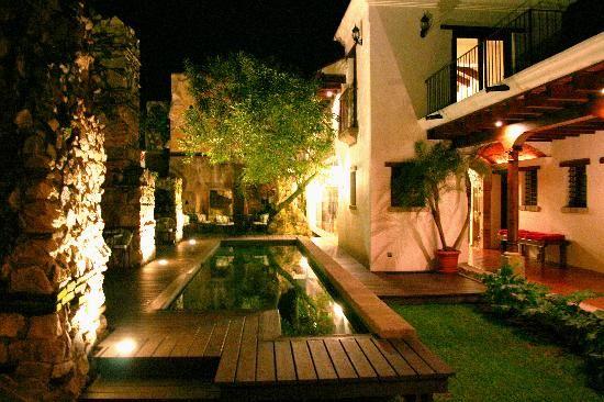 Antigua, Guatamala - Hotel Cirilo