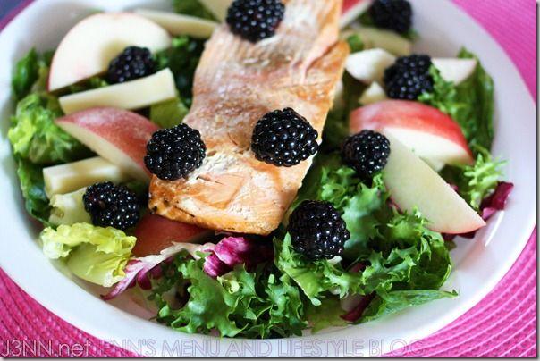 salmon blackberry salad: Food Recipes, Salmon Salad, Salmon Blackberries, Blackberries Recipes, Summer Salad Recipes, Blackberry Salad, Summer Salads, Paleo Diet, Blackberries Salad