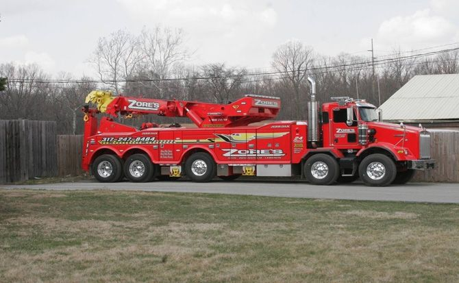 big red tow truck tow trucks. Black Bedroom Furniture Sets. Home Design Ideas