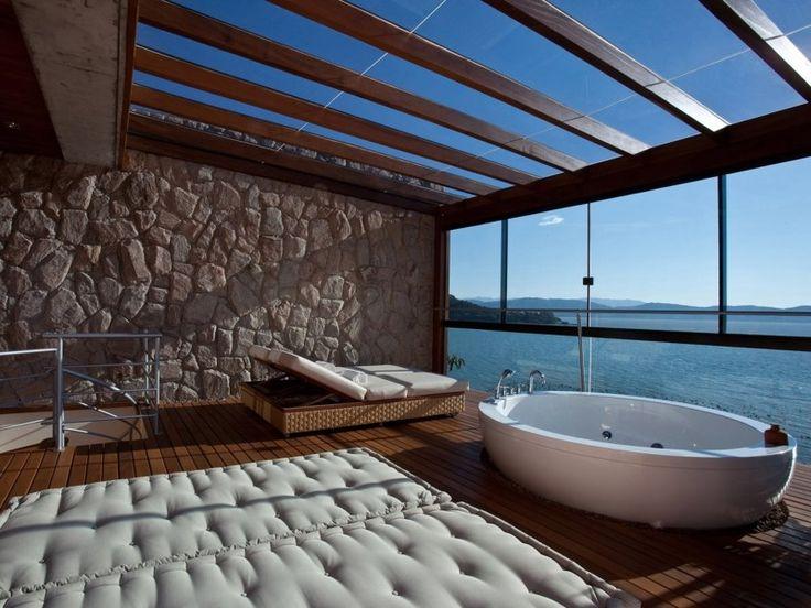 IN BEELD. De mooiste hotelbadkamers ter wereld - Het Nieuwsblad: http://www.nieuwsblad.be/cnt/dmf20170318_02787097
