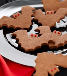 Chocolate Biscuit Bats - What is a scary night without creepy bats