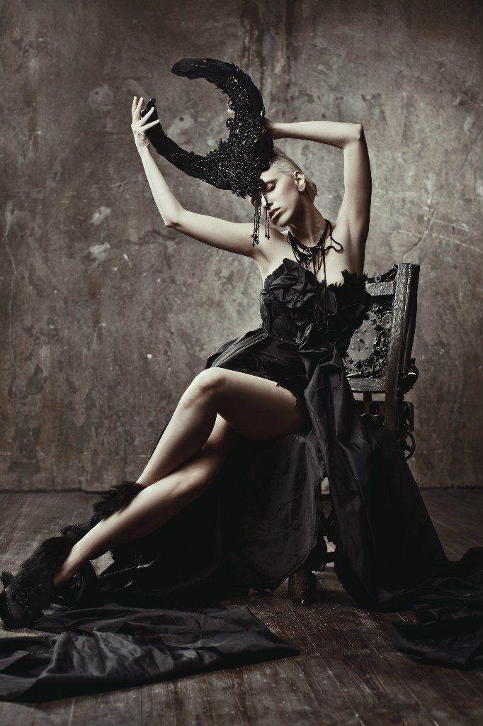 model - Elena Mitinskaya muah Alisa Gagarina photography - Ekaterina Belinskaya