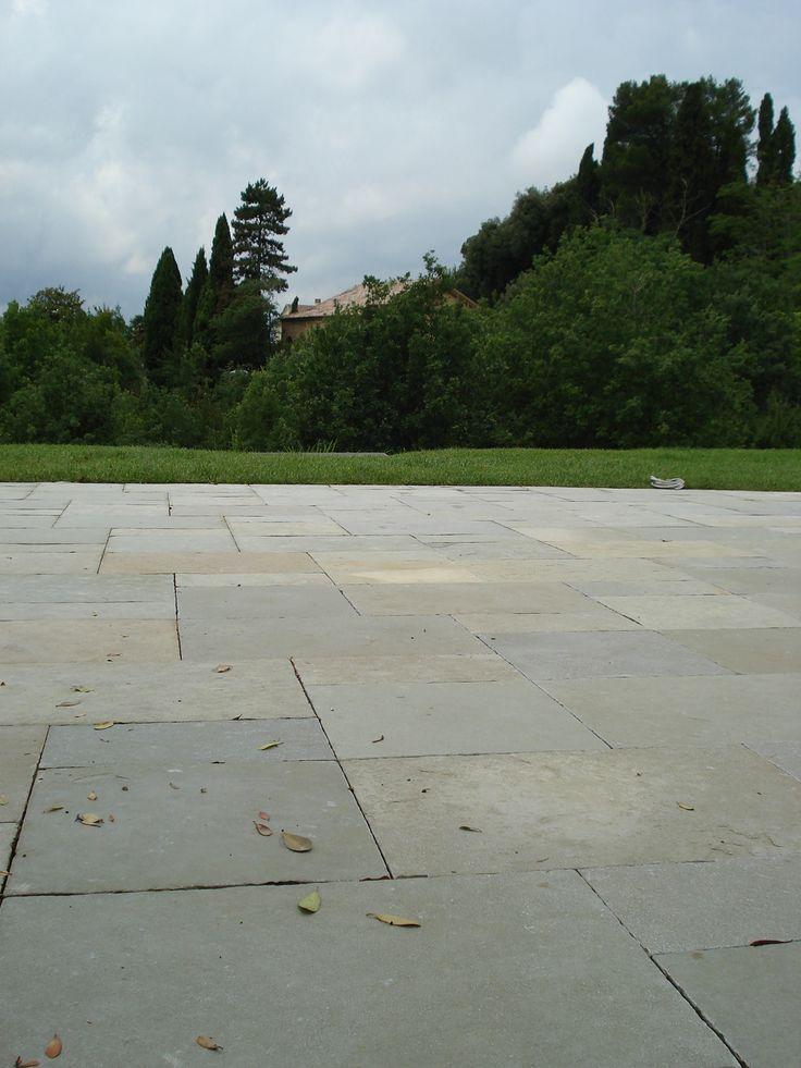 pavimentazione esterna in pietra calcare virens cl11 www.pulchria.it