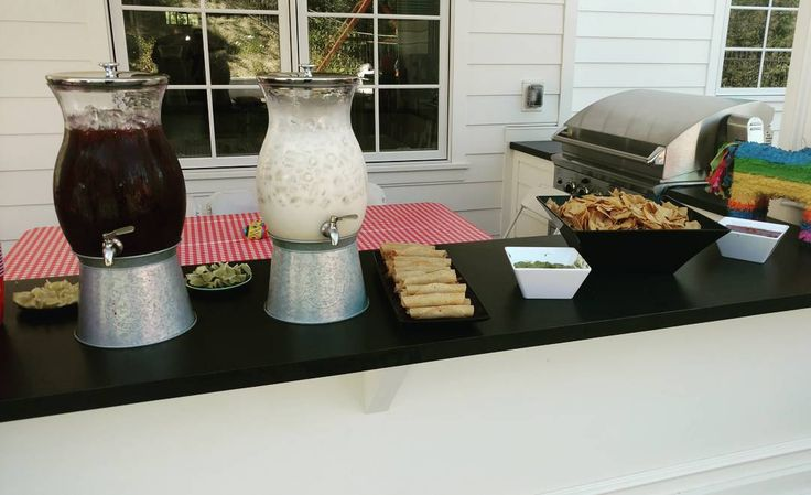 Taco Catering Calabasas. Everything made fresh from the horchata and the Jamaica to the made on site chips and taquitos.