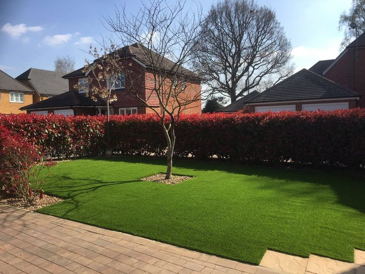 Beautiful crisp lines for a clean, modern finish. #ArtificialGrass #ContemporaryGarden #LowMaintenanceGarden https://www.trulawn.co.uk/news/precision-edges-of-this-garden/?utm_campaign=coschedule&utm_source=pinterest&utm_medium=Trulawn%20Artificial%20Grass&utm_content=It%27s%20all%20about%20precision%20for%20the%20edges%20of%20this%20garden..%2E