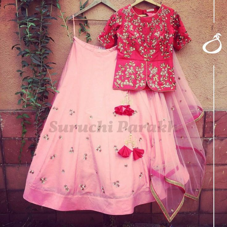 Lovely combination of colors and style. Rich and heavy handwork peplum top with minimalistic skirt. Watch out for super cute cart latkans!For enquiry DM us or whatsapp on +919537165033We ship worldwide newcollection pink redlove peplum beautiful handwork zardosi lehenga . 25 February 2017