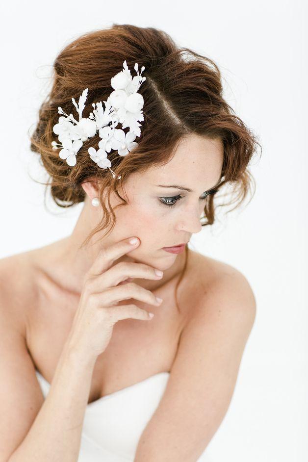 Haarschmuck & Kopfputz - Haarkamm Vintage Brautschmuck Blüten Kirschblüten - ein Designerstück von billies bei DaWanda