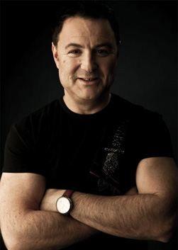 Максим Леонидов (13 февраля 1962) - актер, певец.  Читайте полную биографию знаменитости. Фотографии, подробно о семье, видео, последние новости 2017