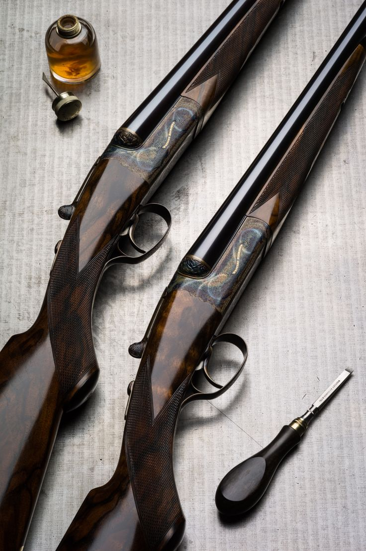 A Pair of Westley Richards 20g Hand Detachable Lock Guns with single selective triggers. Engraved by Rashid Hadi.