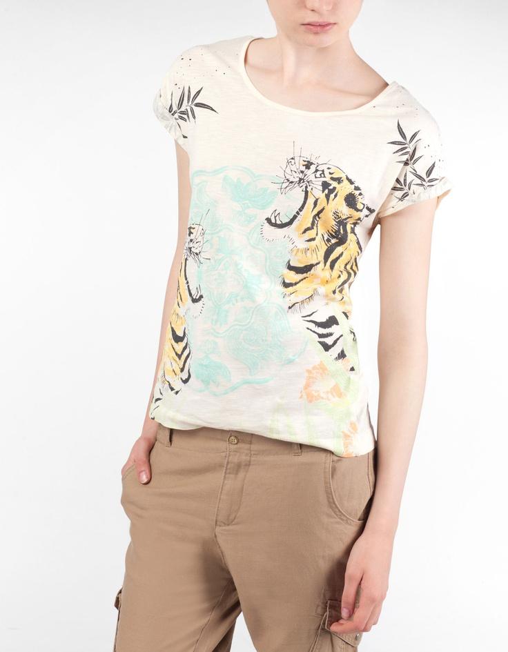 T-shirt estampado oriental