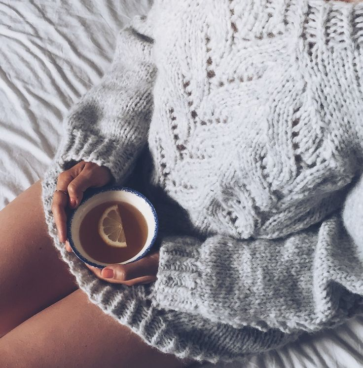 Heartbeats Blog by Kika- Cozy sweaters and more tea- I wrote about The Importance of Doing Nothing on the blog